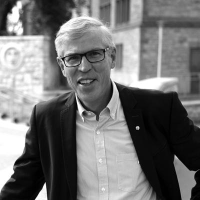 Bill Waiser receives 2021 Cheryl and Henry Kloppenburg Award for Literary Excellence